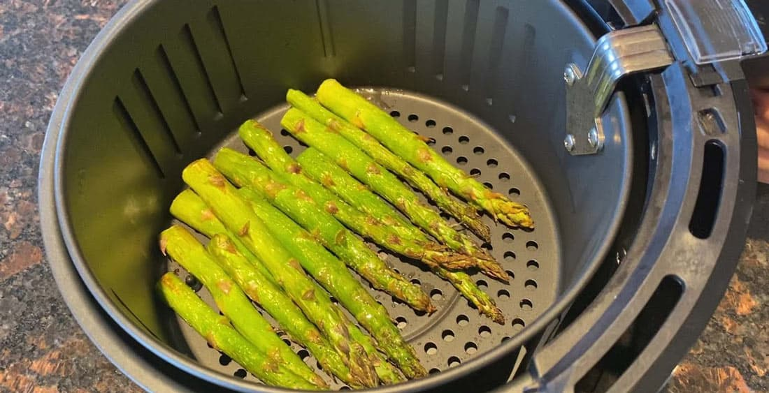 How to Make Air Fryer Roasted Asparagus