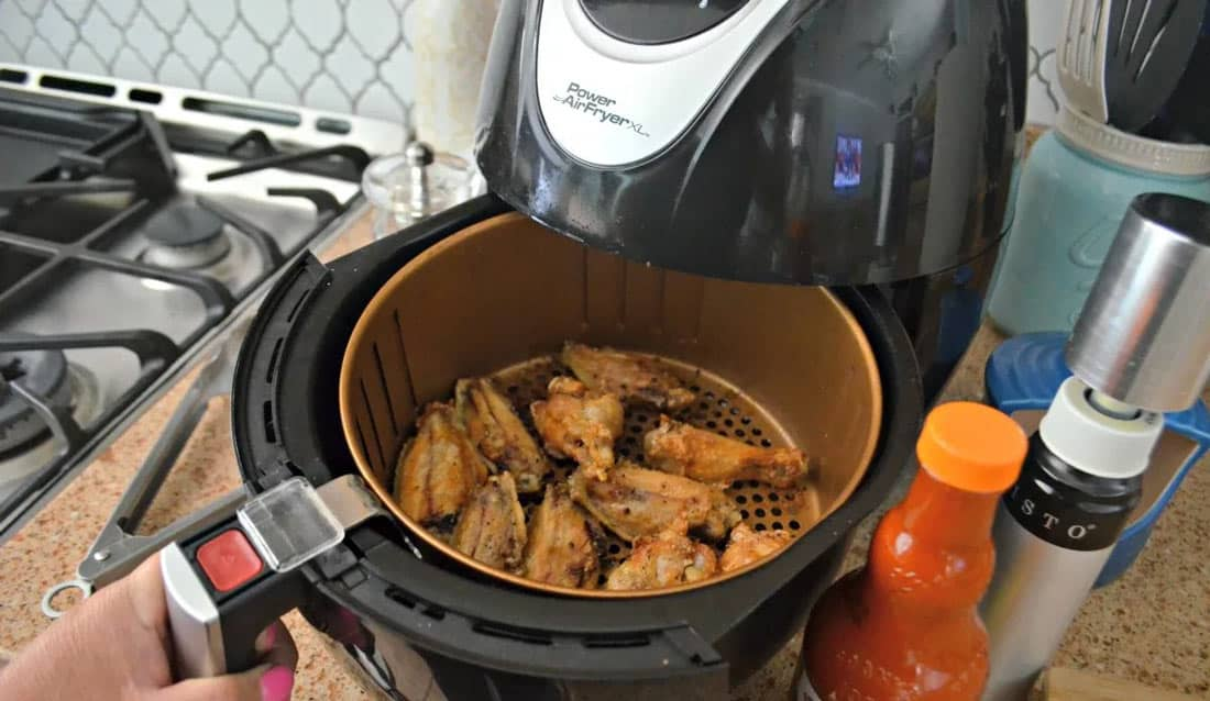 Low-carb chicken meals using the fryer